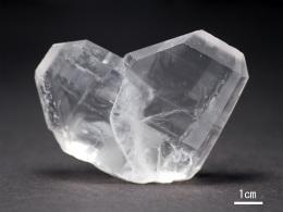 日本式双晶(南米ペルー産)